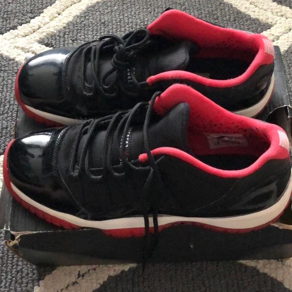 Jordan Shoes - 7Y Jordan Bred 11 Low 845a865fe